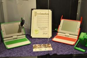 """La déclaration """"OLPC day"""" (le 22 octobre) et le téléscope de La main à la pâte sur le XO"""